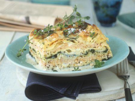 Spinatlasagne mit Lachs und Parmesan
