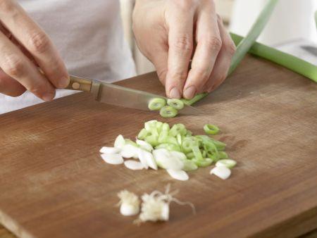 Spinatsalat mit Sesam: Zubereitungsschritt 3