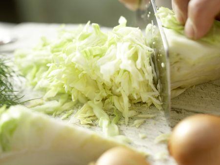 Spitzkohl in Sojacreme: Zubereitungsschritt 1