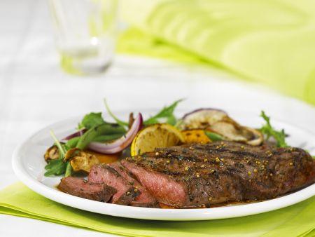 Steak mit Rucola-Orangensalat