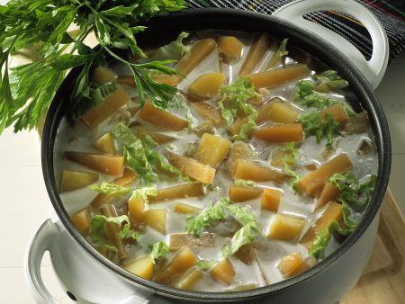 Steckrübeneintopf mit Kartoffeln