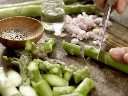 Süppchen von grünem Spargel: Zubereitungsschritt 1