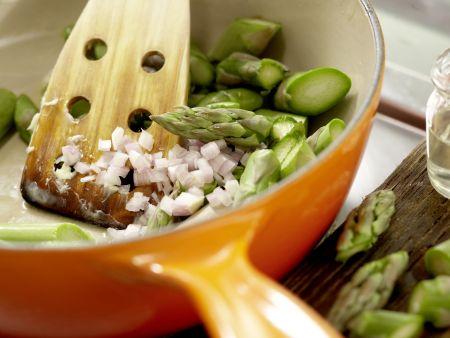 Süppchen von grünem Spargel: Zubereitungsschritt 2