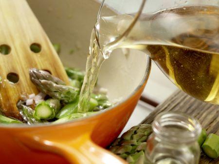Süppchen von grünem Spargel: Zubereitungsschritt 3