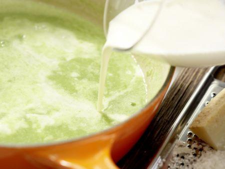 Süppchen von grünem Spargel: Zubereitungsschritt 6