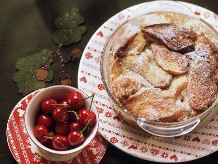 Rezept: Süßer Brotauflauf auf österreichische Art (Kipferlkoch)