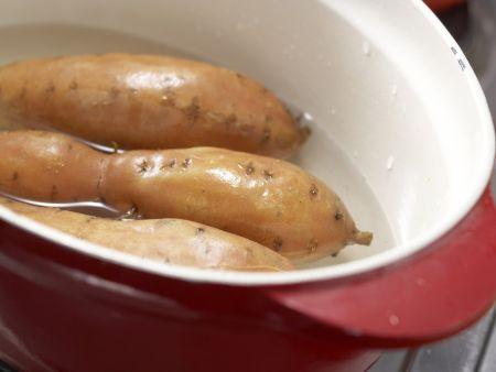 Süßkartoffeln mit Spinatsalat: Zubereitungsschritt 1