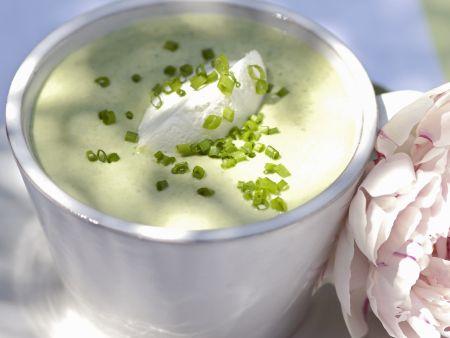 Suppe aus Avocado