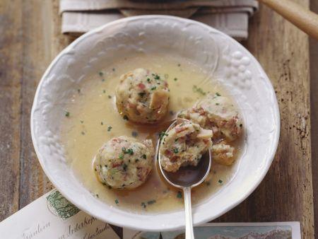 Rezept: Suppe mit Speckknödeln