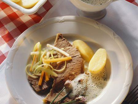 Rezept: Tafelspitz mit Meerrettichsoße und Kartoffeln