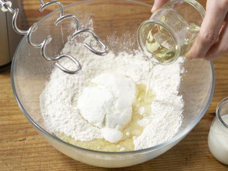 Teigschnecken mit Pfirsichen: Zubereitungsschritt 5