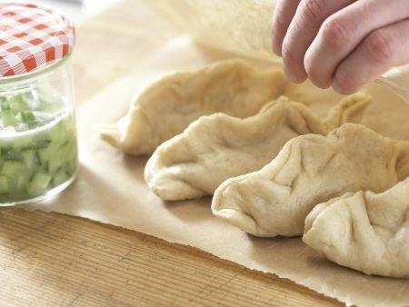 Teigtaschen mit Putenbrust und Paprika: Zubereitungsschritt 14