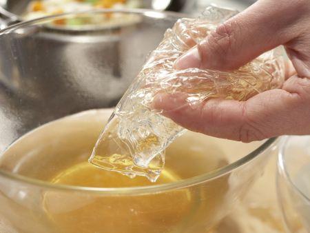 Tellersülze mit Kassler: Zubereitungsschritt 6