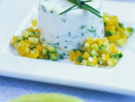 Terrine mit Gemüse