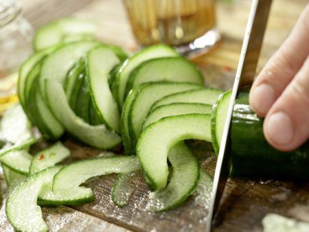 Thai-Gurkensalat: Zubereitungsschritt 4