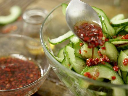 Thai-Gurkensalat: Zubereitungsschritt 5