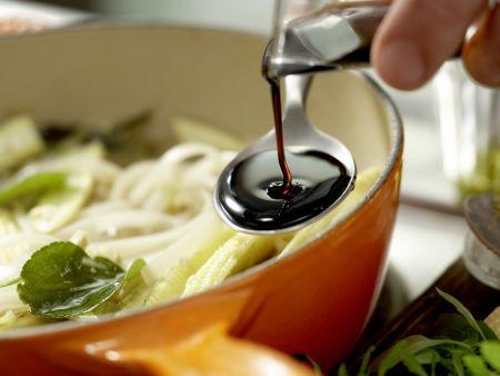 Thai-Suppe: Zubereitungsschritt 8