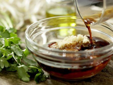 Thailändische Reisnudelpfanne: Zubereitungsschritt 2