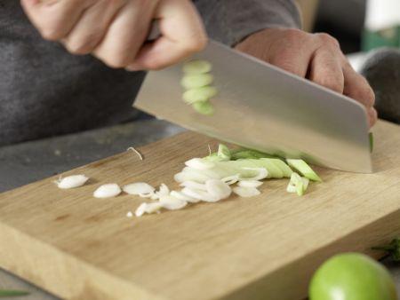 Thunfisch-Tatar: Zubereitungsschritt 1