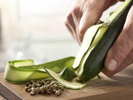 Thunfisch-Zucchini-Röllchen: Zubereitungsschritt 3