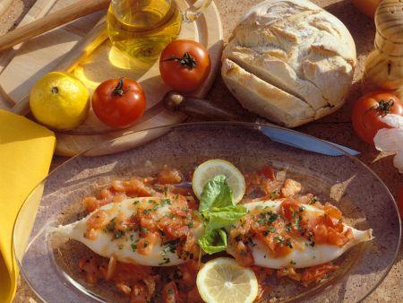 tintenfischtuben in tomatensauce rezept eat smarter. Black Bedroom Furniture Sets. Home Design Ideas