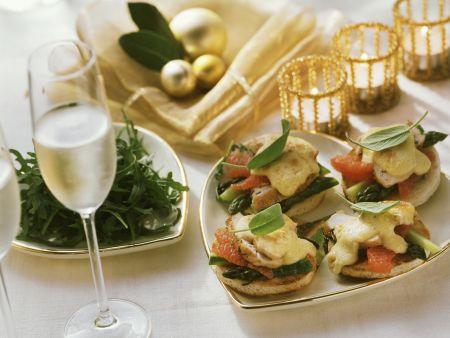 Rezept: Toasts mit Hähnchen, Orangen und Spargel