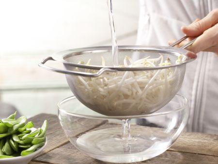 Tofu-Gurken-Salat: Zubereitungsschritt 1
