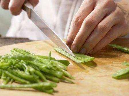 Tofu-Gurken-Salat: Zubereitungsschritt 2