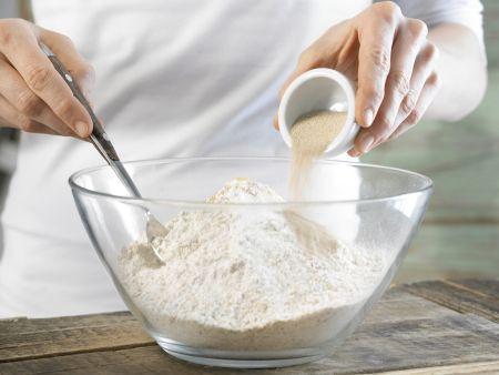 Tomaten-Brotstangen: Zubereitungsschritt 1