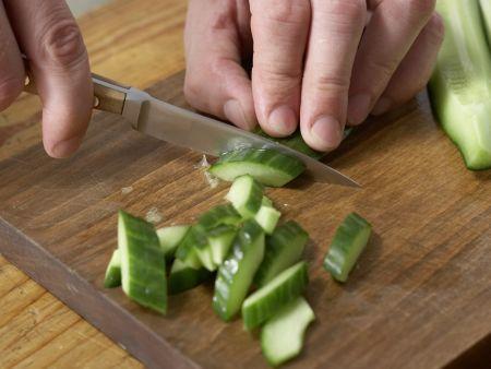 Tomaten-Eier mit Kartoffelsalat: Zubereitungsschritt 3