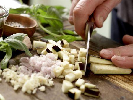 Tomaten-Filo-Tartelettes: Zubereitungsschritt 1