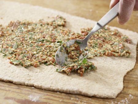 Tomaten-Kräuter-Brötchen: Zubereitungsschritt 9