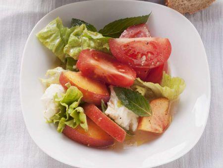 tomaten mozzarella salat mit pfirsich rezept eat smarter. Black Bedroom Furniture Sets. Home Design Ideas