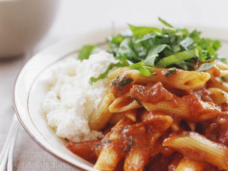 Tomaten-Pasta mit Ricotta