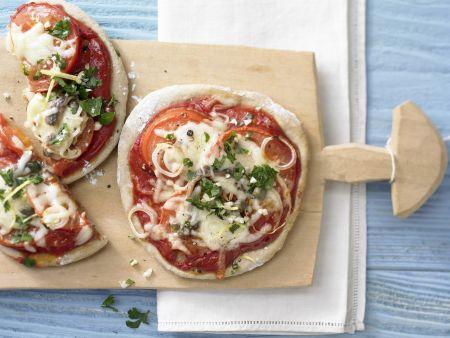 Tomaten-Sardellen-Pizza