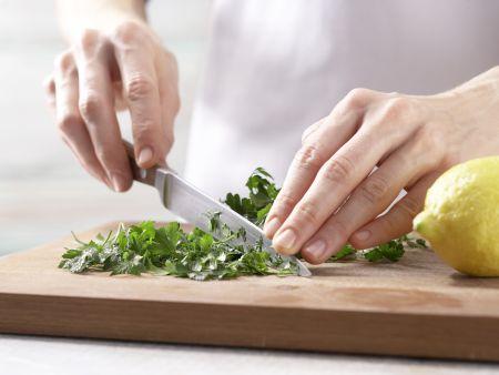Tomaten-Sardellen-Pizza: Zubereitungsschritt 9