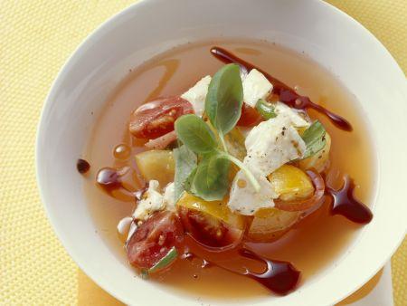 Tomatensuppe mit Mozzarella di Bufala Campana