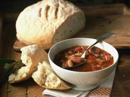 Rezept: Tomatensuppe mit Bohnen