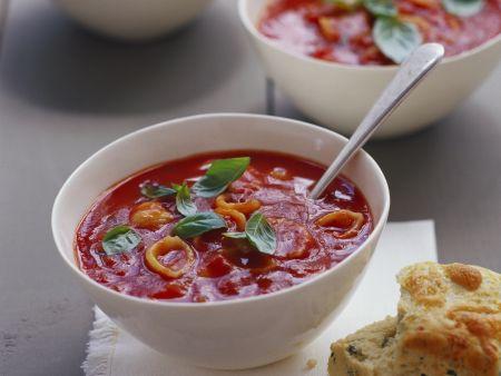 Rezept: Tomatensuppe mit Käse dazu Kräuterbrot