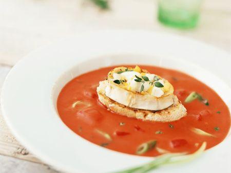 tomatensuppe mit k se toast rezept eat smarter. Black Bedroom Furniture Sets. Home Design Ideas