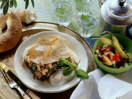 Türkischer Auflauf mit Spinat und Hackfleisch