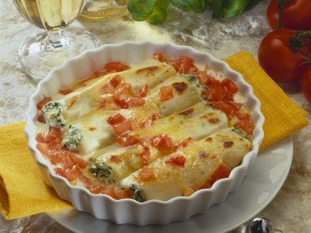 Überbackene Cannelloni mit Tomaten