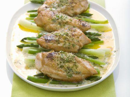 Überbackenes Hähnchen mit Gemüse und Blauschimmelkäse