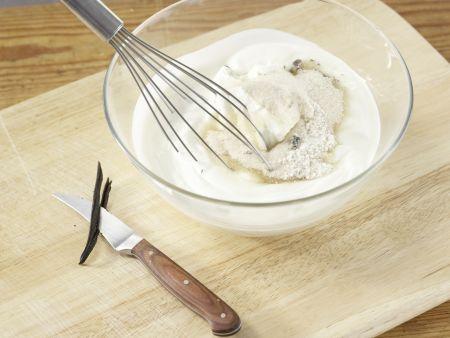 Vanille-Eisbecher: Zubereitungsschritt 1