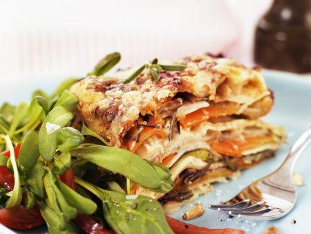 Vegetarische Lasagne mit Rapunzel-Tomaten-Salat
