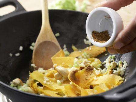 Vegetarische Nudelpfanne: Zubereitungsschritt 5