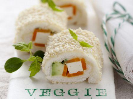Vegetarische Sushi-Rolle aus Tramezzini
