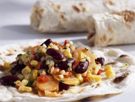 Vegetarische Wraps mit Mais, Karotten und Kidneybohnen