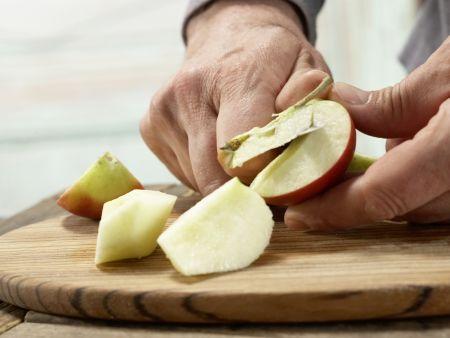 Vegetarischer Pastinakenbrei mit Ei: Zubereitungsschritt 2