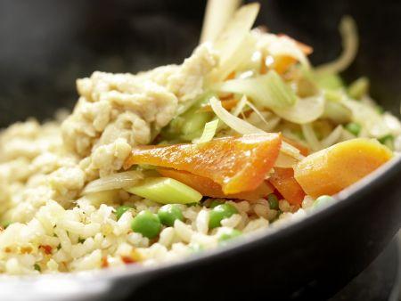 Vegetarisches Nasi Goreng: Zubereitungsschritt 8